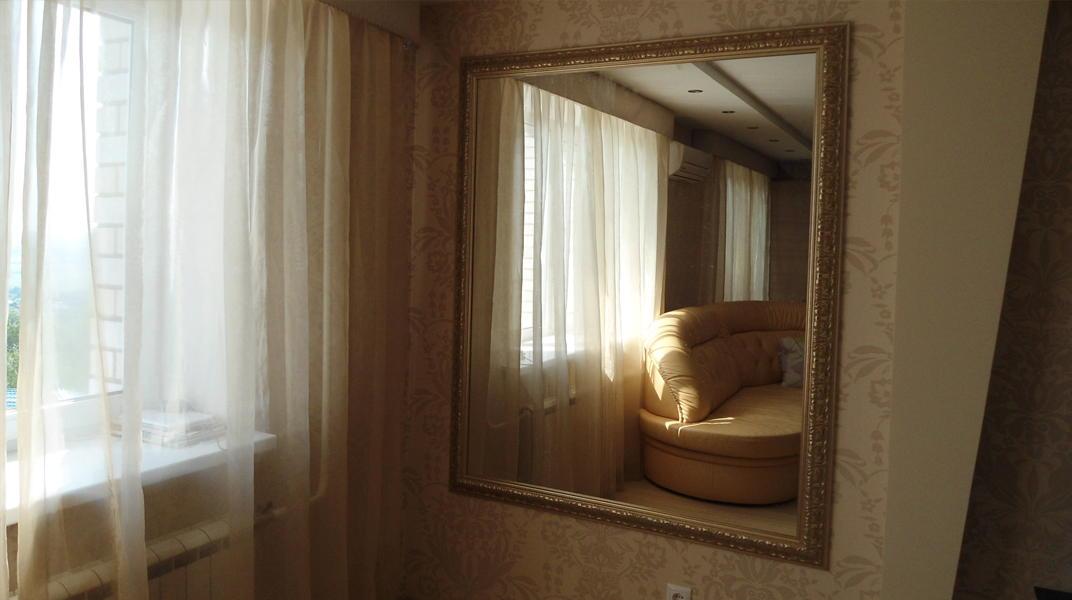 Резка зеркал по размерам, багет, установка